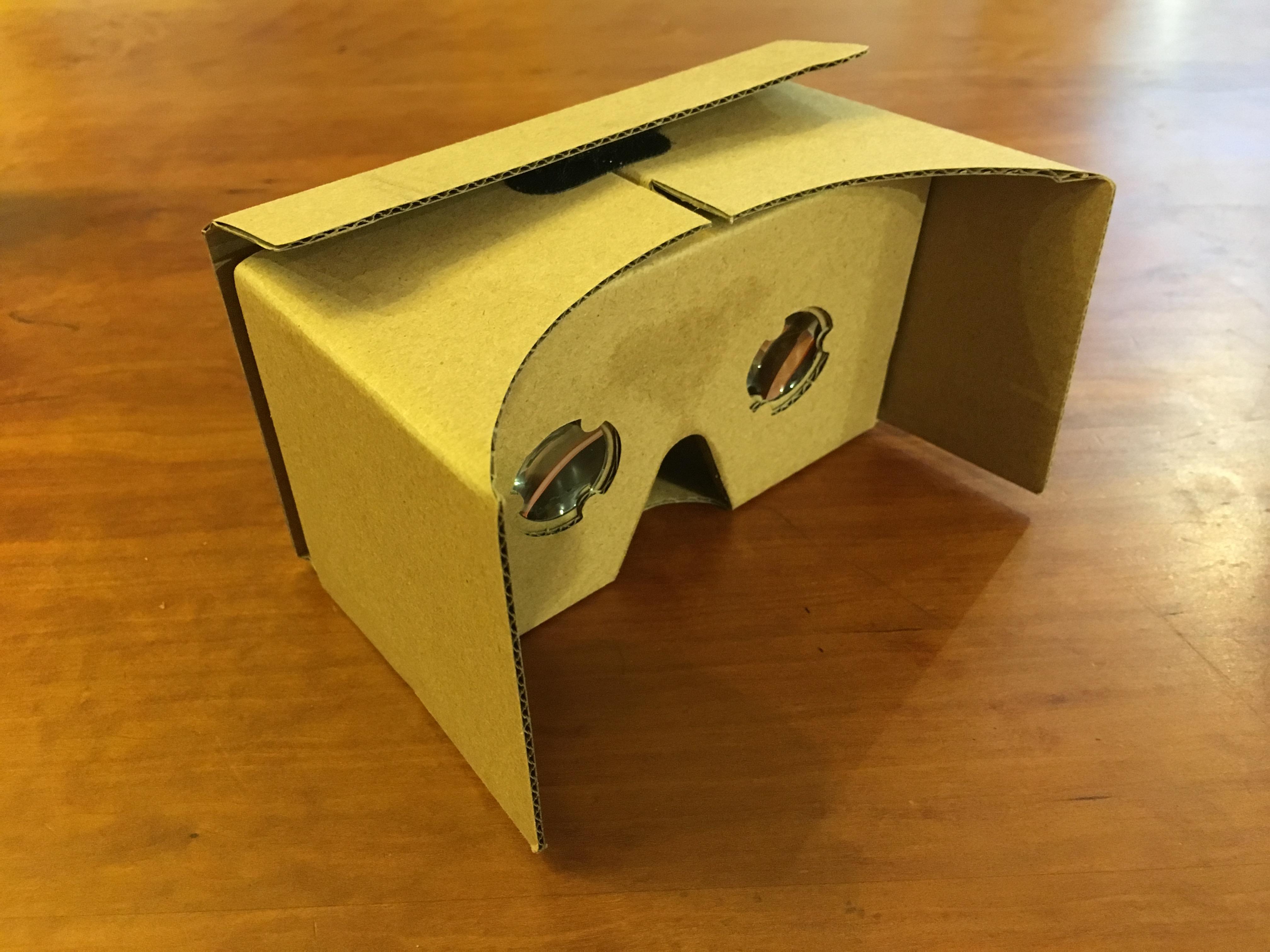 100均のゴーグルでお手軽VR体験♪
